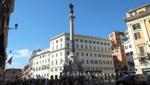 Piazza die Spagna mit der Colonna dell'Immacolata