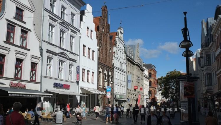 Rostock - Fußgängerzone Kröpeliner Straße