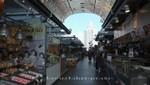 Marktstände in der Markthalle von Rotterdam