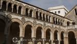 Dom zu Salerno - Säulengang des Innenhofs