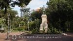 Salerno - Standbild in der Villa Comunale di Salerno