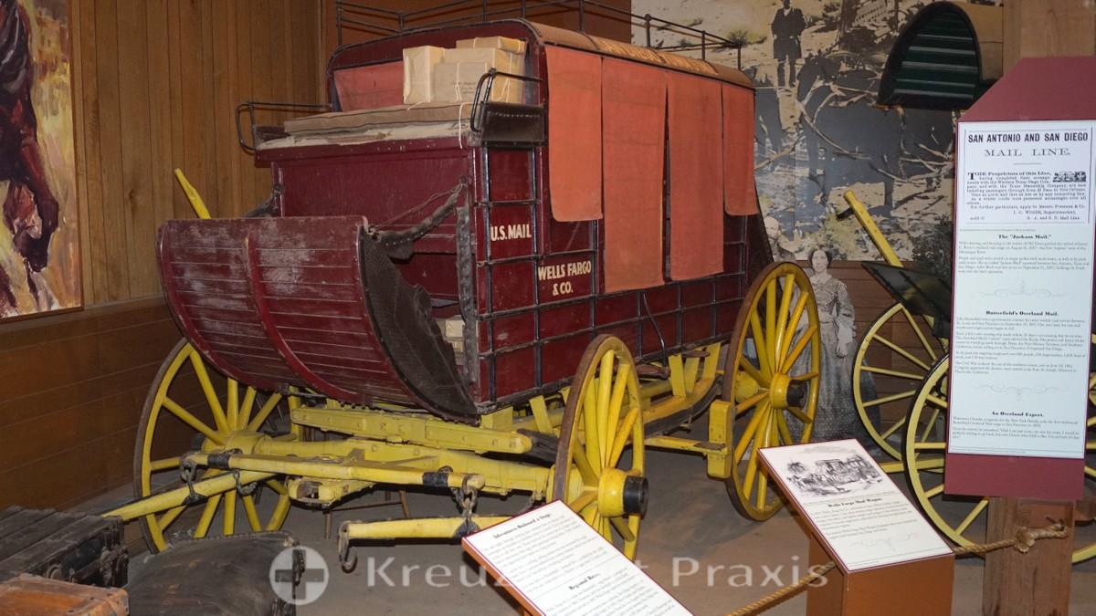 San Diego Old Town - das Seeley Stable Museum mit der Wells Fargo Postkutsche