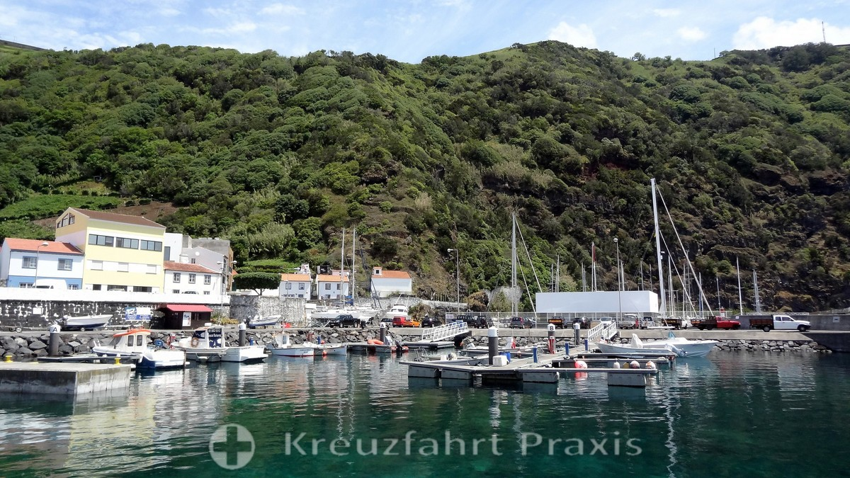 The port of Velas