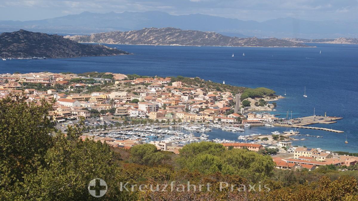Palau im Norden Sardiniens