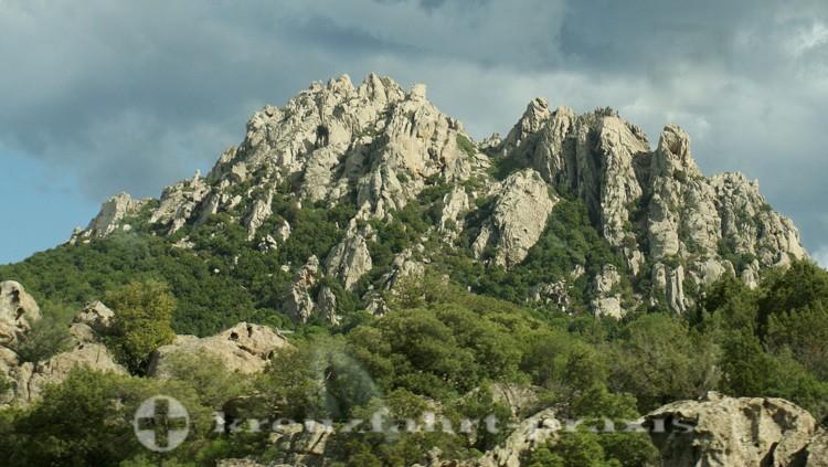 Felsformationen im Norden Sardiniens