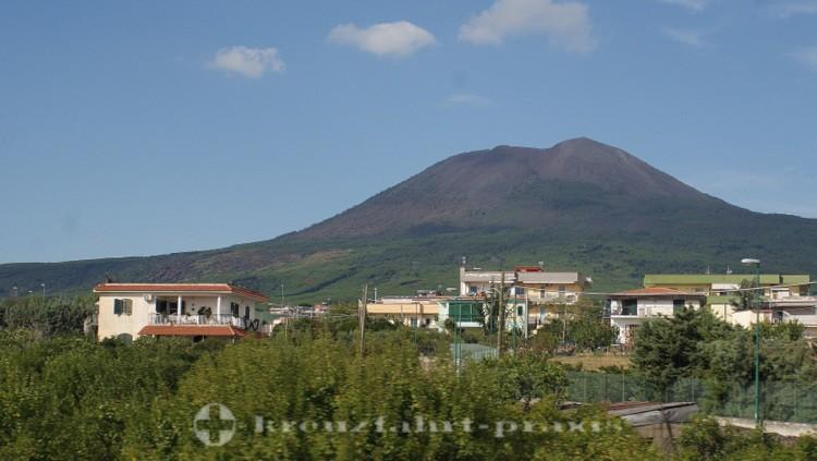 Monte Vesuvio - Von der Bahn gesehen