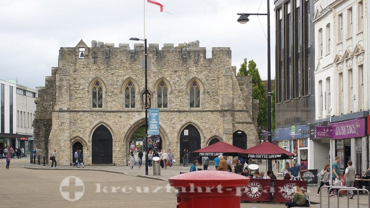 Southampton - Bargate Memorial