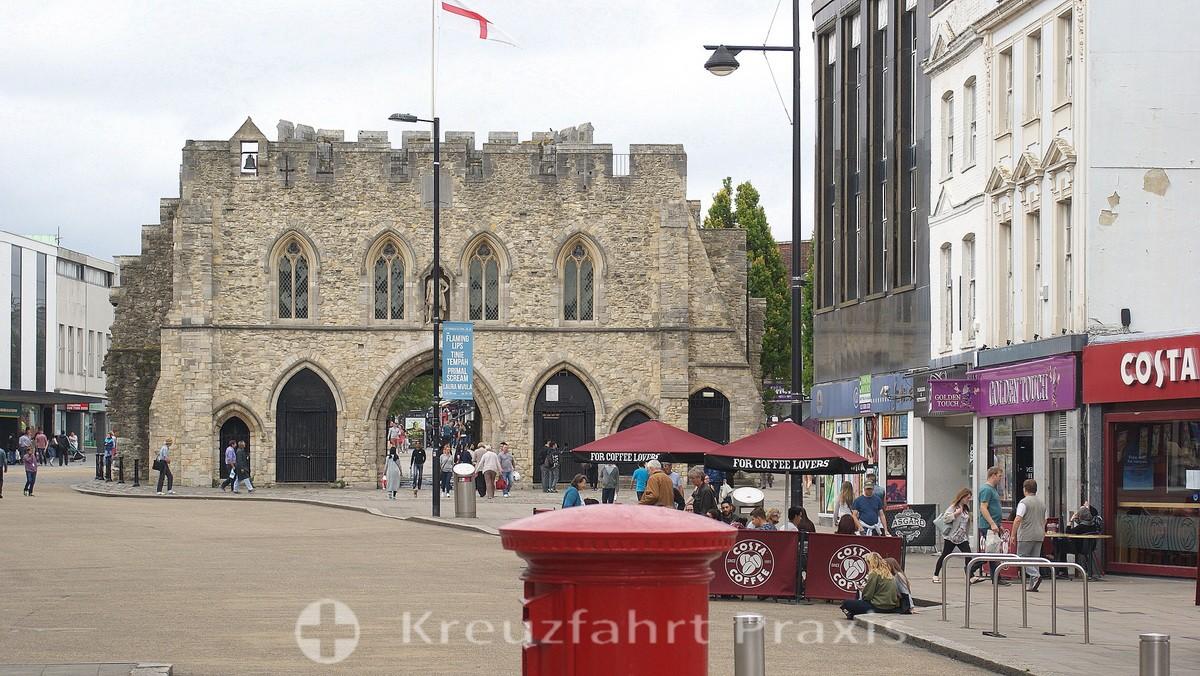 Southampton - Bargate Memorial - back side