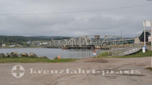 Sydney/Cape Breton - Eisenbahnbrücke am Bras d'Or Lake