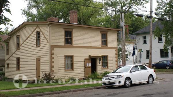 Sydney/Cape Breton - Jost Heritage House