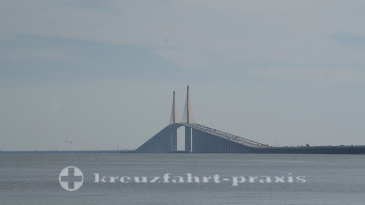 Sunshine Skyway Bridge bei Saint Petersburg