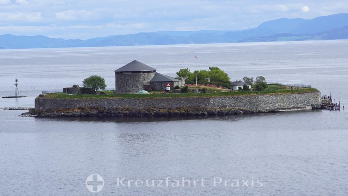 Munkholmen Island in front of Trondheim