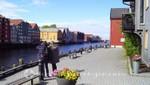 Stadtteil Bakklandet - Terrasse am Nidelva Fluss