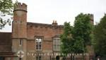 Winchester - Abbey House - Straßenseite
